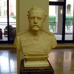 Langenbeck bust in the foyer